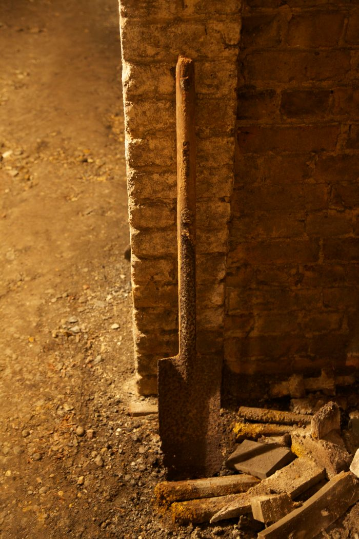 3. Former grave-digger's spade, West Norwood catacombs