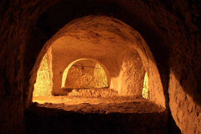 7. St Paul's Catacombs