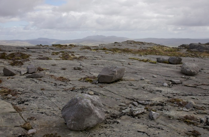 Boulders left by glaciers on the ridge from Clip to Rhinog Fawr