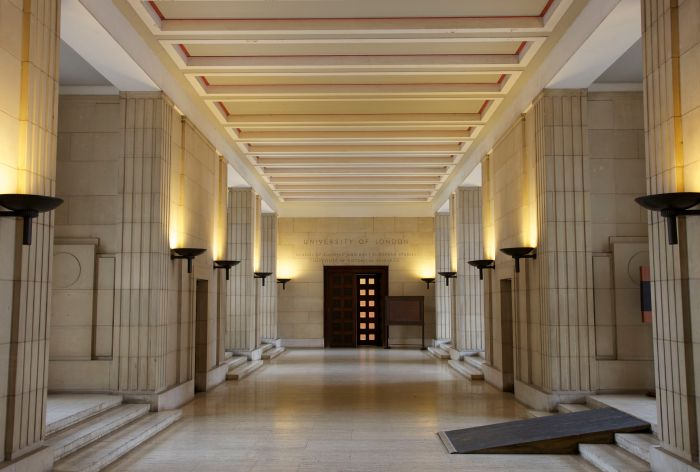 Thoroughfare through the foyer of Senate House